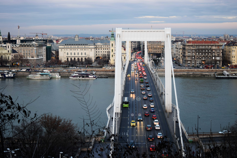 patru zile in budapesta