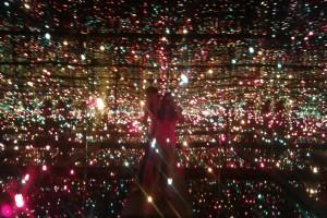Musee de beaux arts- camera cu oglinzi si lumini