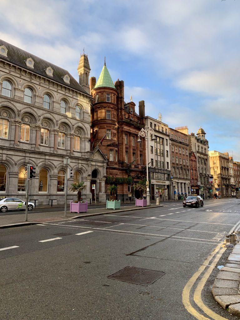 Dublin la primele ore ale dimineții