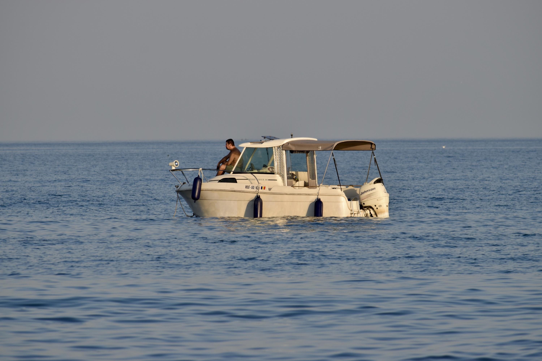 Mare - Barca pe mare