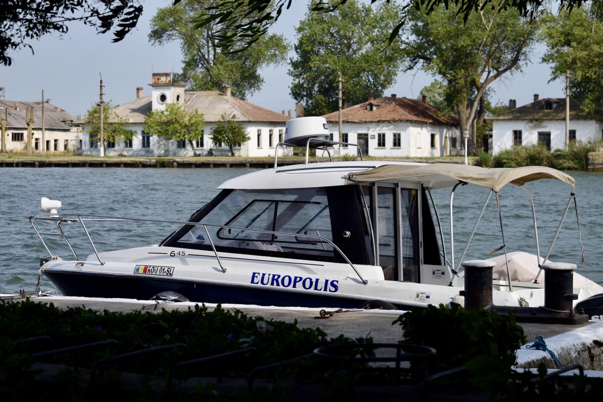 Dunăre - Barca - Europolis